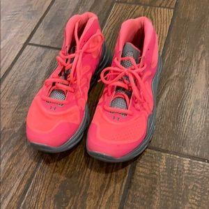 Under Armour Men's Neon Pink & Gray Spine Sneakers